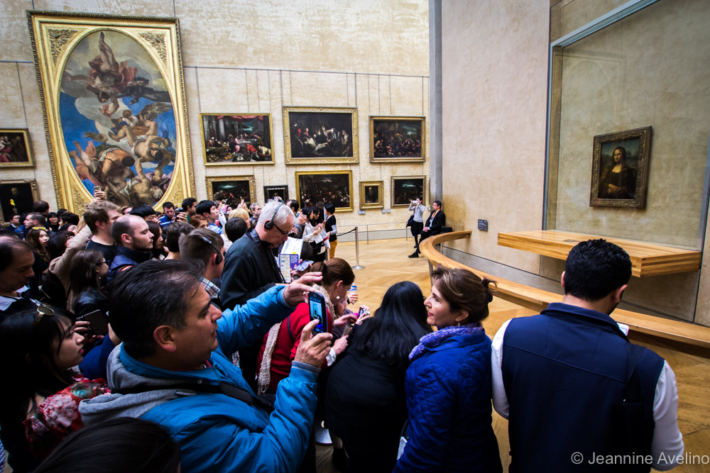 The Mona Lisa and her adoring fans - Louvre